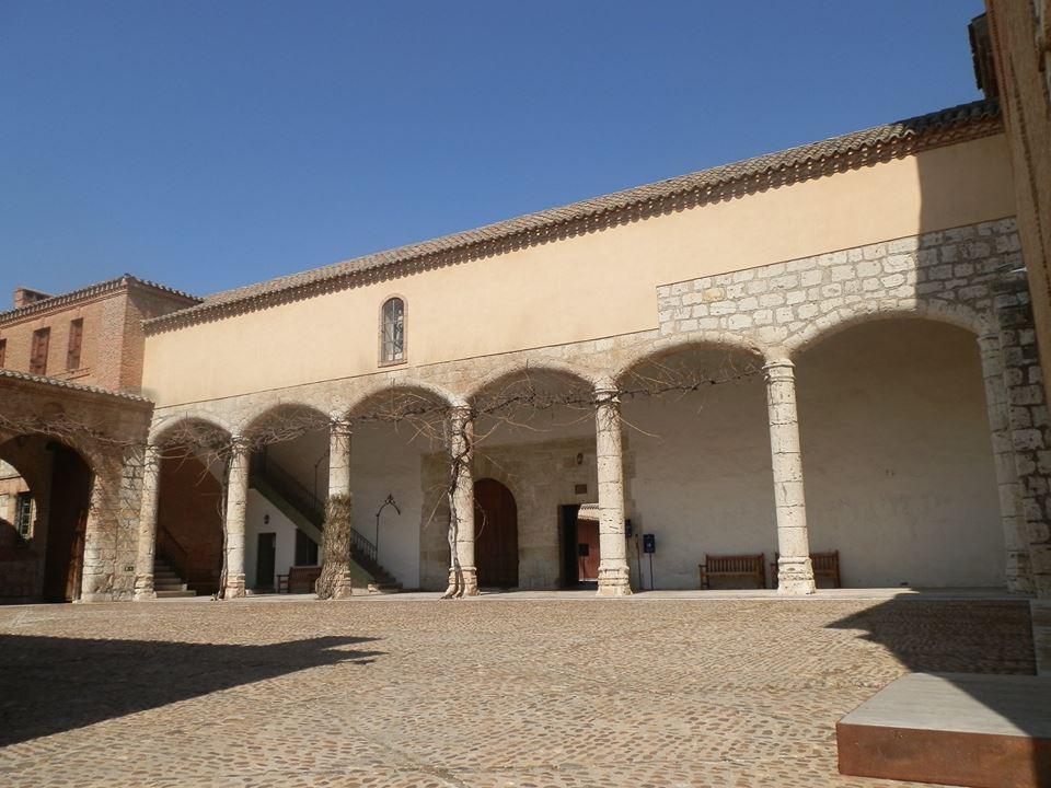 hospedería donde residió Napoleón con sus generales en los días que permaneció en el monasterio.