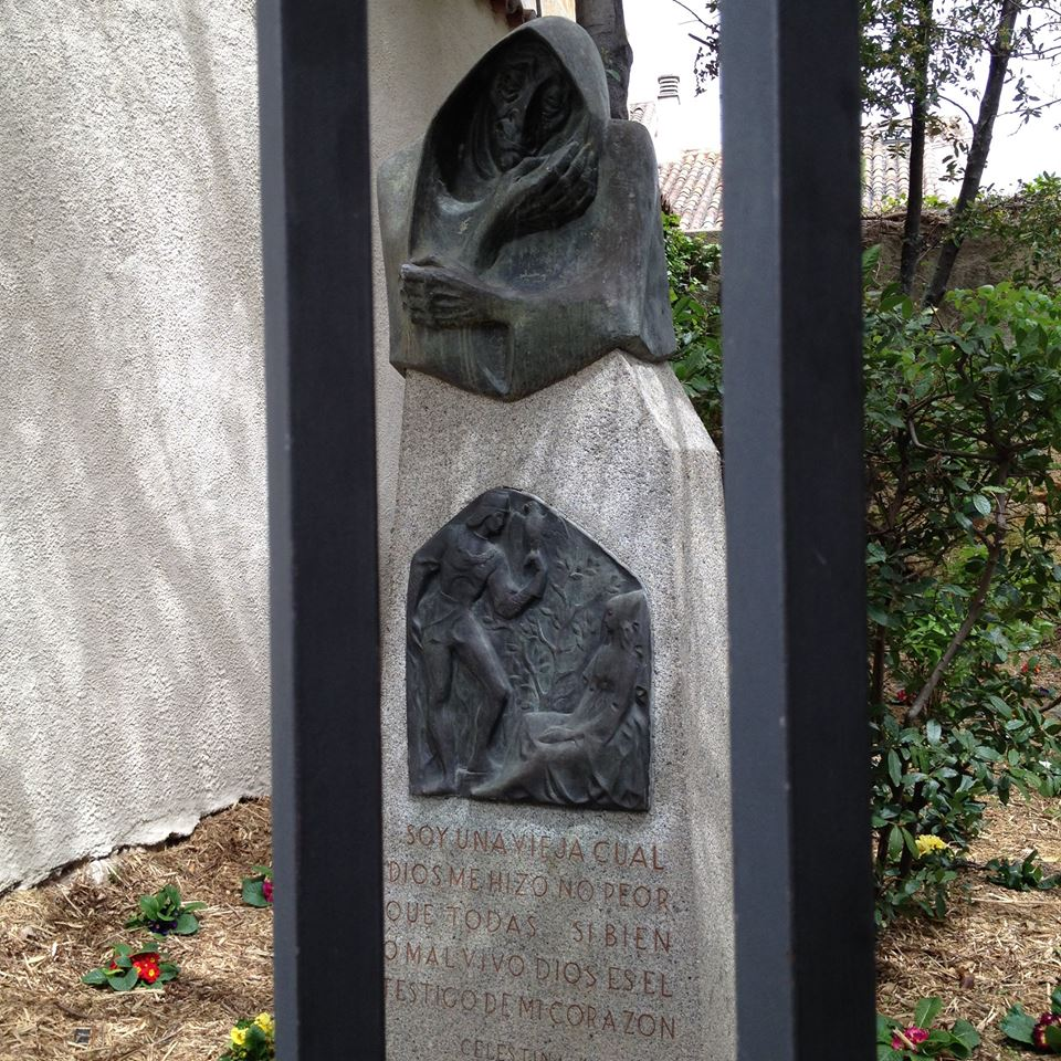Estatua que recuerda a la Celestina.