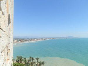 Vistas desde el castillo con el Mediterráneo como estampa.