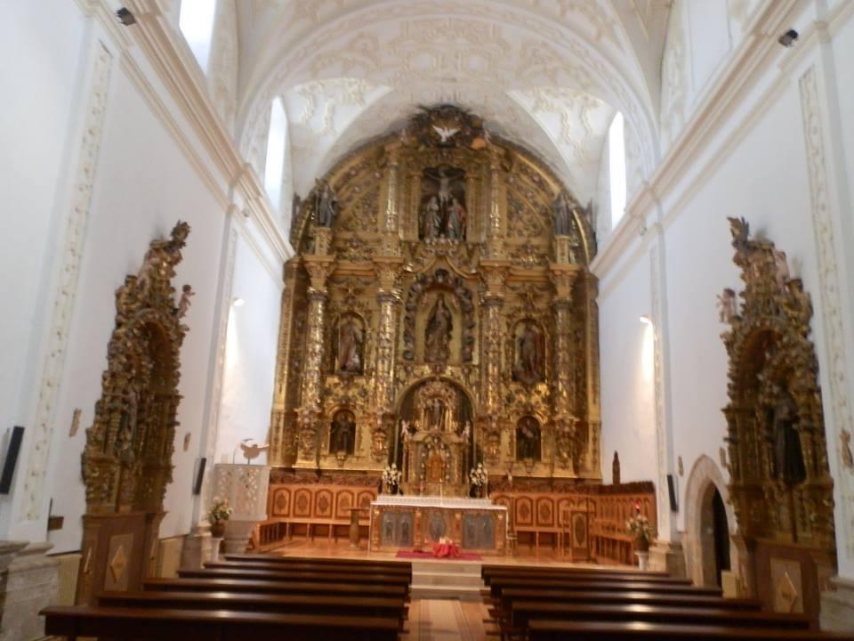 Iglesia donde fue representada la obra teatral en el siglo XV y actualmente se sigue haciendo la función con motivo de las Navidades (la iglesia fue reformada en el siglo XIX).